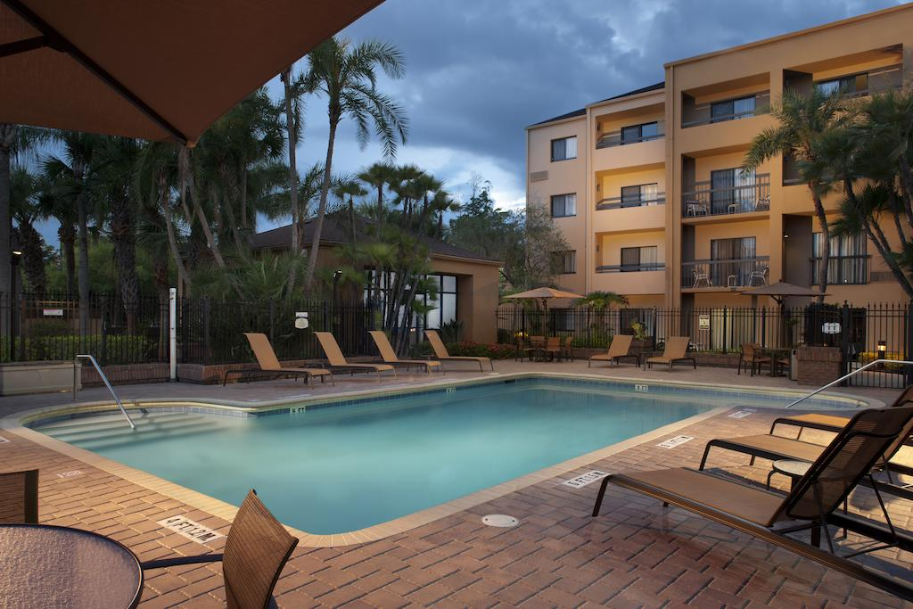 Courtyard by Marriott Tampa Airport